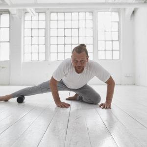 Faszienyoga Training mit Dirk Benneiwitz YogaKitchen Düsseldorf
