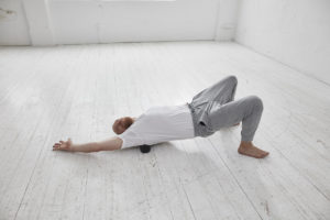 Faszienyoga gegen Rückenschmerzen mir Dirk Bennewitz