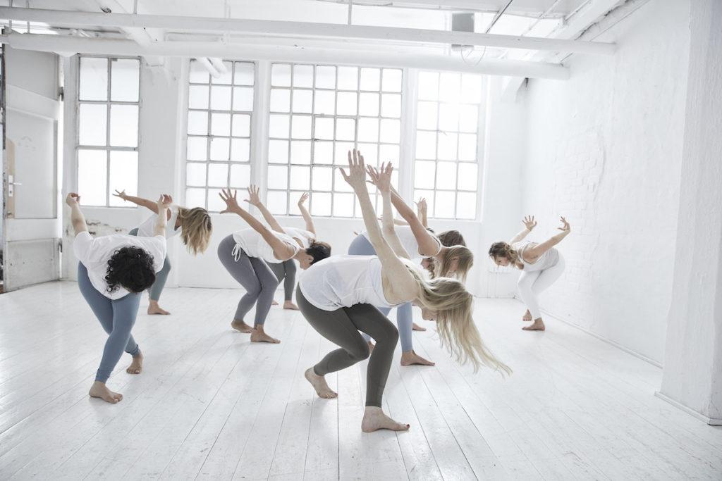 Yoga MASTERSEQUENZIERUNGEN, SPECIAL PROPS & MUSIKALITÄT (20 STD.) MIT ANDREA KUBASCH & DIRK BENNEWITZ
